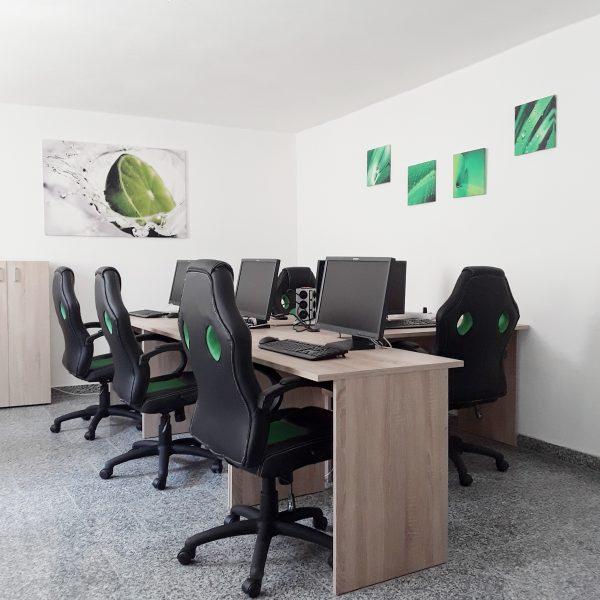 Easy Design Coworking Aachen - Gruppe für Fünf