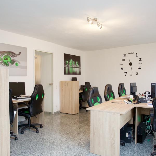 Office_Arbeitsplatz_2 Webseite Coworking Aachen