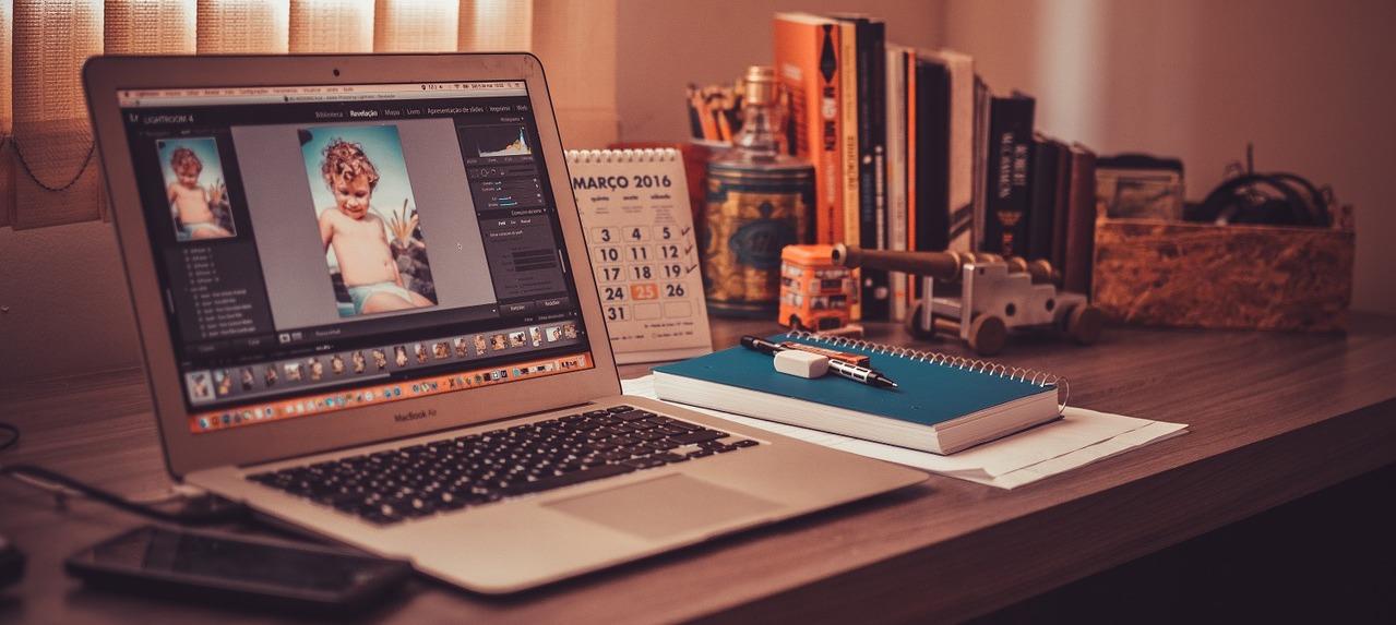 freelancer arbeiten im schnitt 11 stunden weniger als andere berufsgruppen